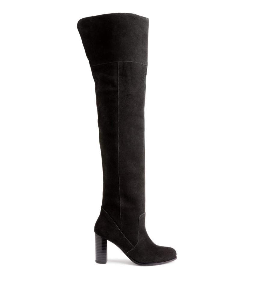 Overknee-Stiefel aus Wildleder, H&M (Online), 129 Euro.