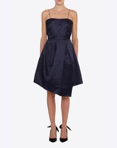 Assymetrisches Coctail-Kleid aus der aktuellen Kollektion.