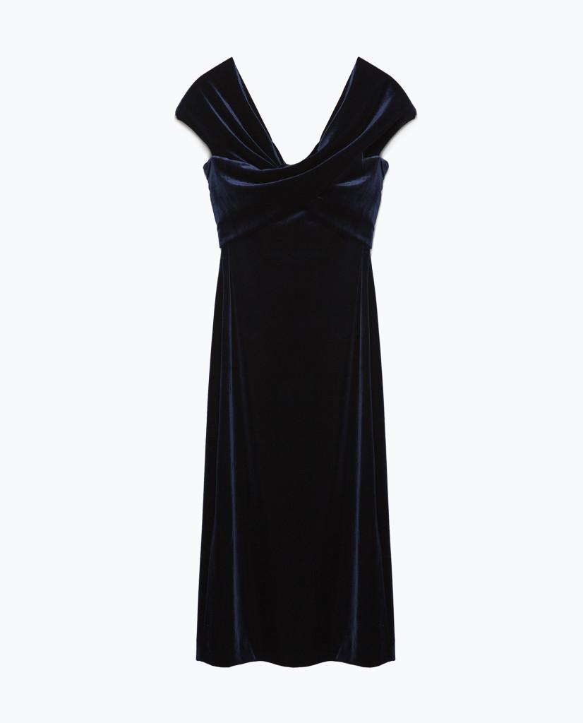 Samt-Kleid in Dunkelblau für einen gelungenen Party-Look, Zara Party edition 2015, 50 Euro.