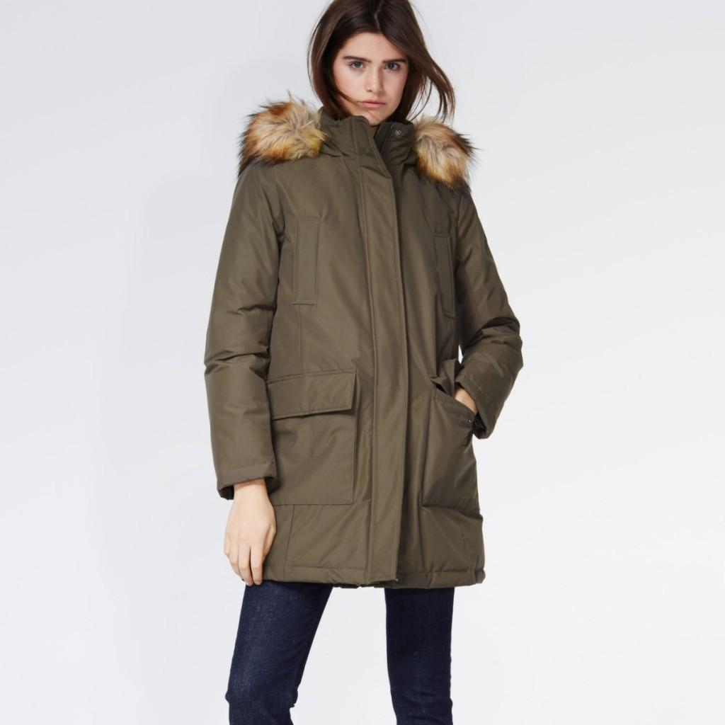 Stylish down parka in oliv with hood, 90% down, Hallhuber, 180 euros (reduced).