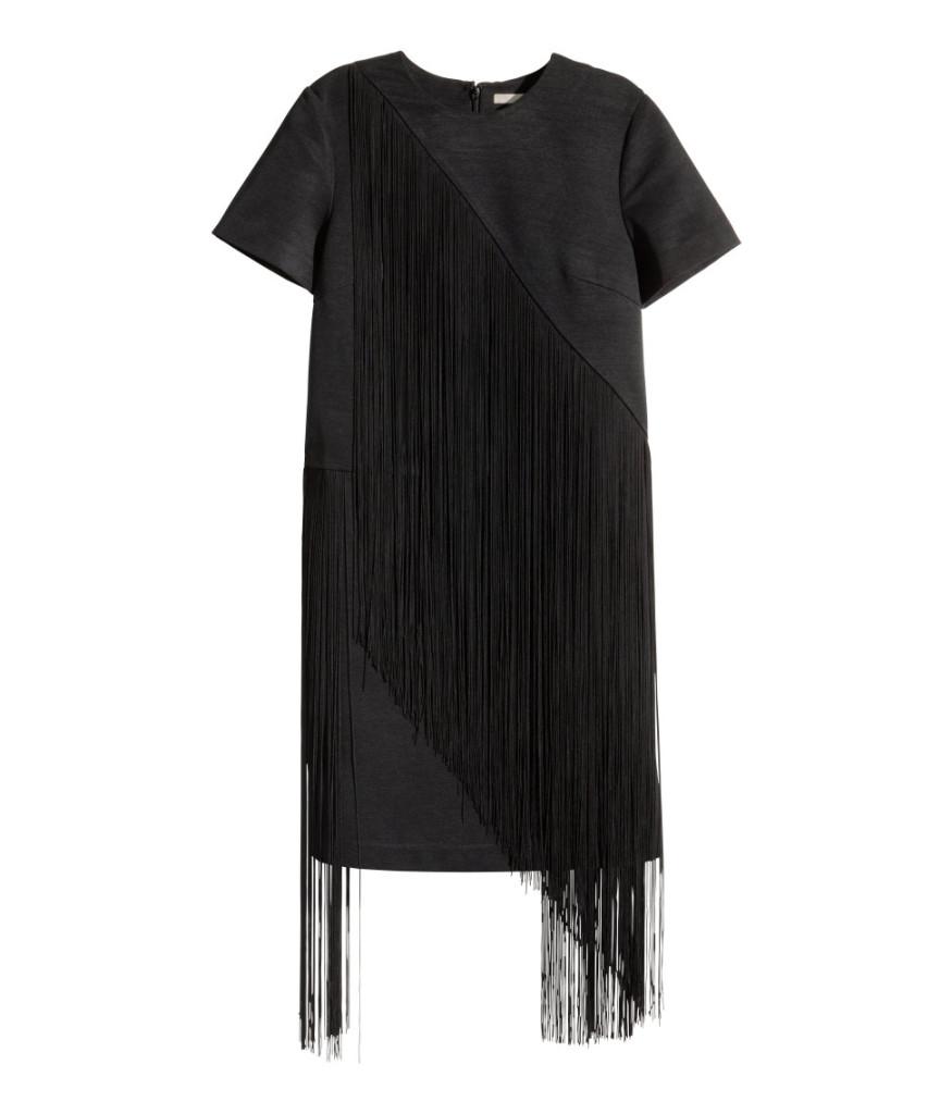 Modisches Kleid mit Fransen in Boho-Chic Style, H&M Sale.