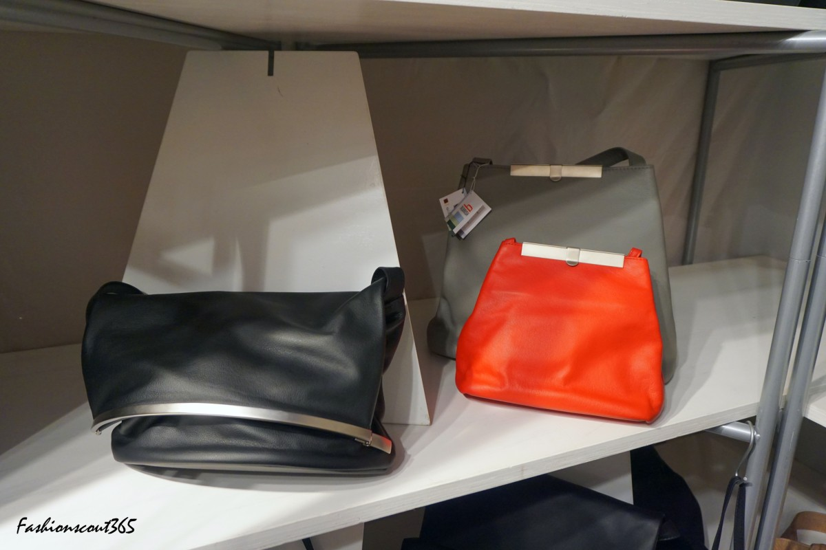 Stylish bags in the minimalistic style by Berlin's accessories label Olbrish.