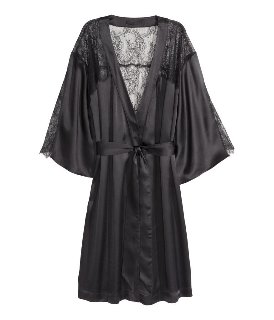 """Top-Schnäppchen aus H&M-Sale: Kimono aus Seide als Pyjama - """"Easy Chic"""" zuhause sein"""
