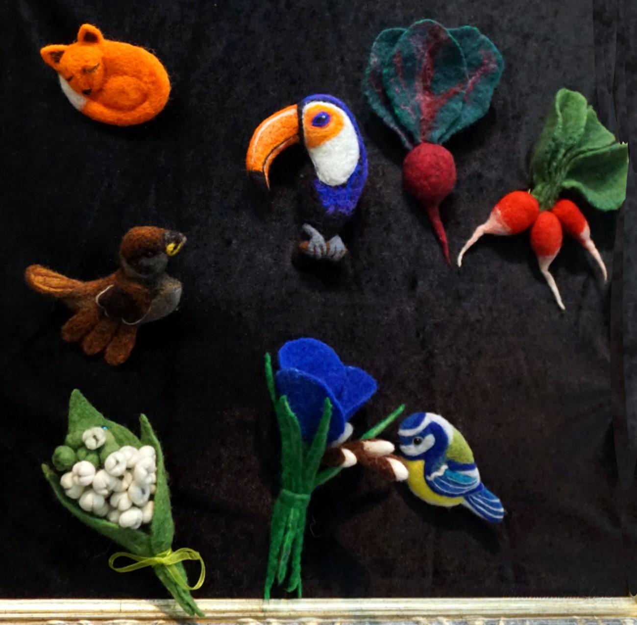broshki-figurki-iz-voiloka-designer-elena-basulina-na-bloshinom-rynke-na-tishinke