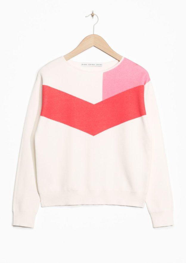 cos-sale-top-picks-pullover-in-kontrastfarben-rosa-weiss
