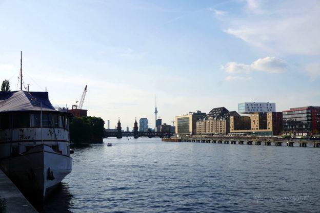 berlin-badeschiff-spree-view-bread-and-butter-2016_1